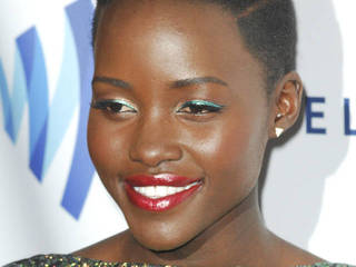 Lupita Nyong'o and Scarlett Johnasson close...