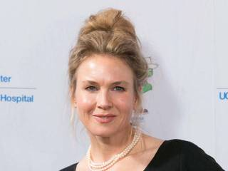 Renee Zellweger lists Connecticut mansion for...
