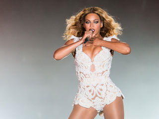 Teacher in trouble for playing Beyonce song