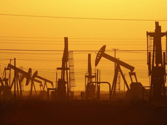 Colorado lawmaker drafts fracking bill