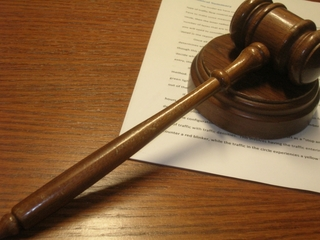 Child sex crimes trial stalls for mental exam