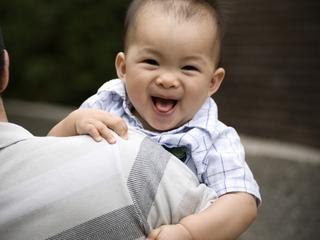 More moms breastfeeding at birth, study shows