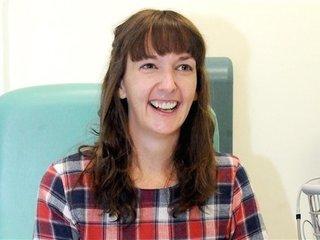 UK doctors say nurse with Ebola relapse improved