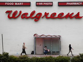 Report: Walgreens nears deal to buy Rite Aid