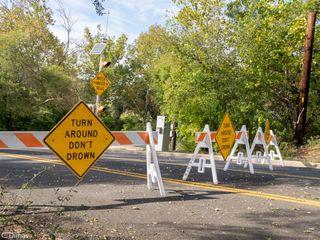 Heavy rains, flash floods kill 6 in Texas