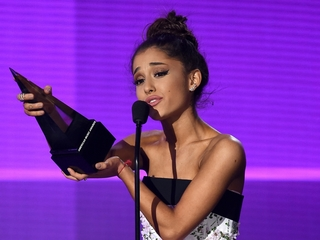 Check out the big winners from the 2015 AMAs