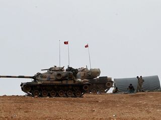 Iraq chides Turkey for moving troops near Mosul