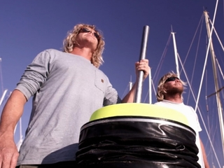 Floating bucket could help solve ocean pollution