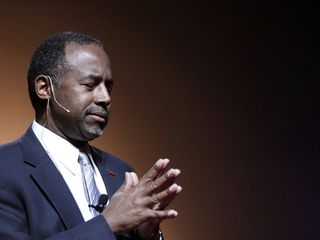 Carson calls Muslims 'schizophrenic'