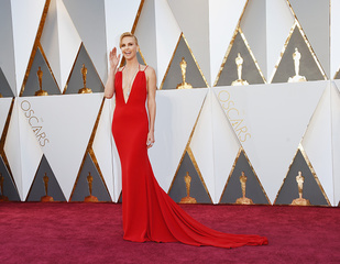 PHOTOS: Oscars red carpet