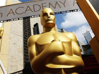 Oscars' backstage moments rival those on camera