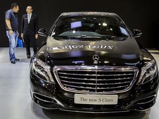 Uber might buy fleet of Mercedes-Benz cars