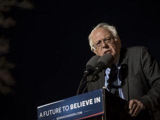 Bernie Sanders' campaign laying off staffers