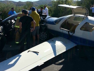 1 dead as plane crashes on California highway