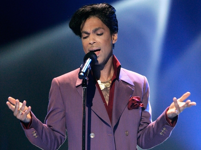 Prison Inmate Claims to Be Prince's Son