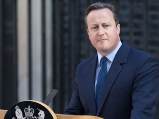 UK vote to leave EU pushes David Cameron to quit