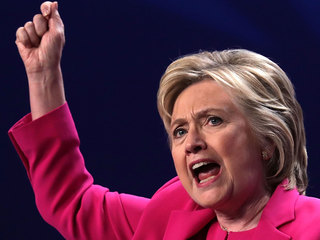 Clinton's plan aims to reduce college debt