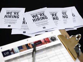 US claims for jobless aid fall in June