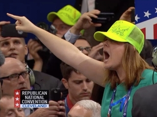 Never Trump delegates cause chaos at RNC