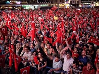Turkey issues travel ban on academics