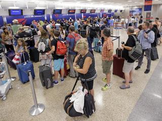 Delta cancels 250 flights Tuesday