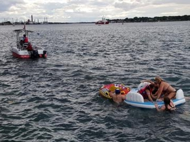 Clair river rafts: Fifteen hundred possibly drunk Americans invade Canada