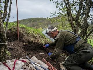 Land mines are hiding in Armenia and Azerbaijan