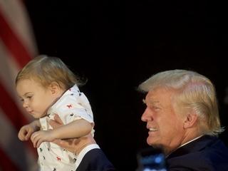 Ivanka Trump helps dad woo suburban women voters