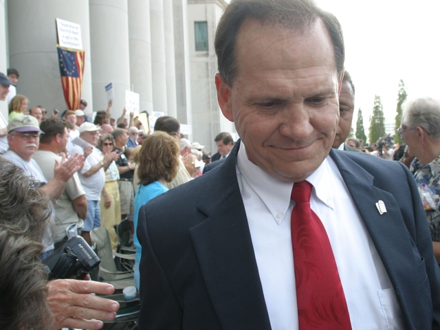Alabama Chief Justice Roy Moore hearing to begin Wednesday