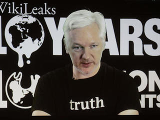 WikiLeaks tests power of full transparency