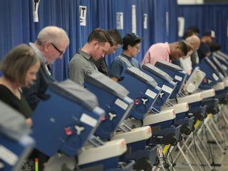 Republicans take early voting lead in Colorado