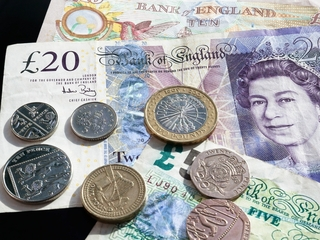 Brits lost a lot of money under Brexit