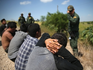 2 ways America deports undocumented immigrants