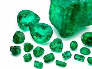 Emeralds found on shipwreck are worth millions