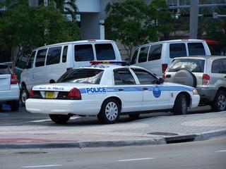 Denver tourist beaten, robbed in Miami