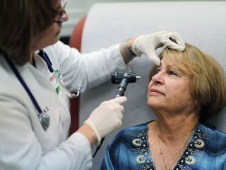 Kansas lawmakers push to expand Medicaid