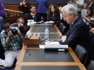Wells Fargo punishes former executives