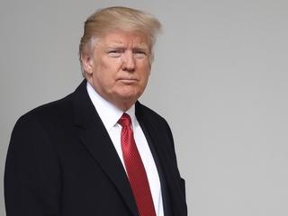 Trump changes mind on Iran deal