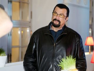 Steven Seagal banned from Ukraine