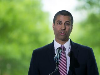 FCC net neutrality proposal flooded by comments