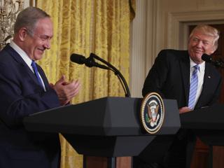 Trump makes historic visit to Western Wall