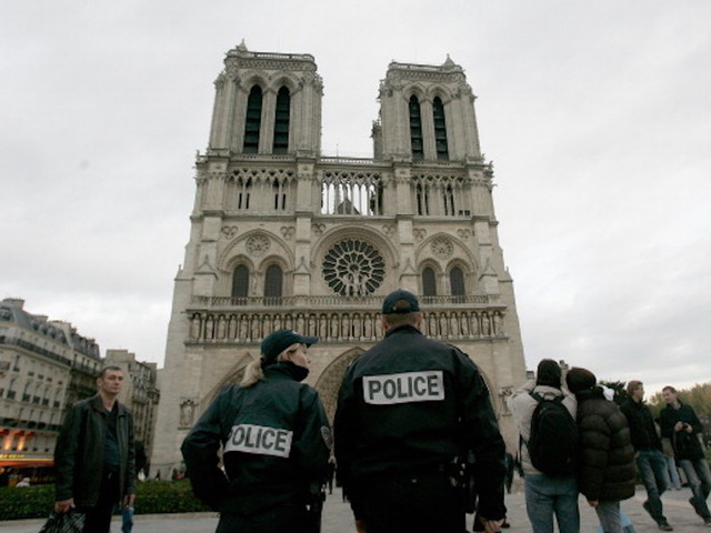 Gunshots reported outside historic Notre Dame cathedral in Paris