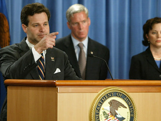 Trump taps Christopher Wray for FBI director