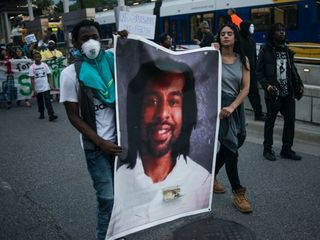 People protest verdict for man who shot Castile