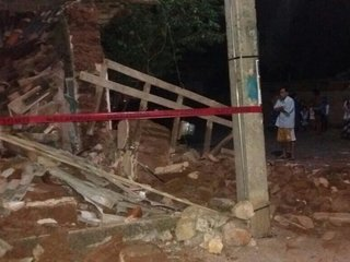 At least 15 dead after earthquake rocks Mexico