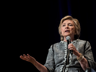 Hillary Clinton to hold book signing in Denver