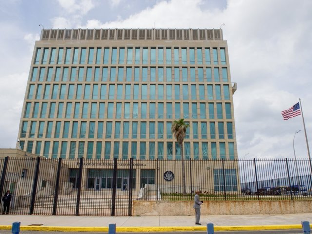 Tillerson Orders Withdrawal of US Personnel from Cuba Following Sonic Attacks