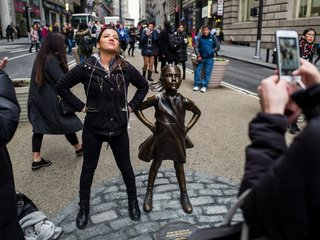 'Fearless Girl' firm reportedly underpaid women