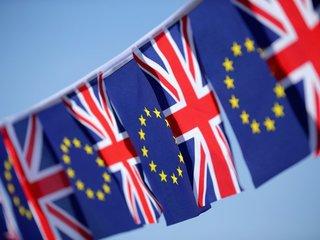 EU pushes 'divorce bill' in Brexit talks