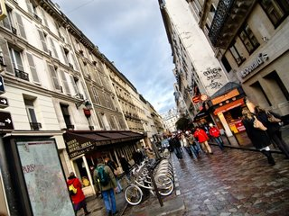 France considering fines for street harassment